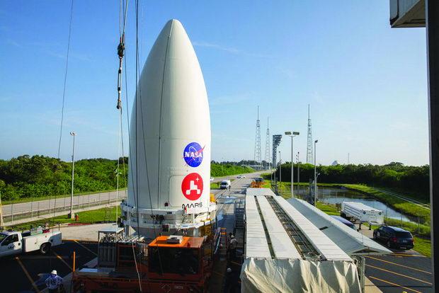 Mars 2020 Spacecraft Mate to Atlas V