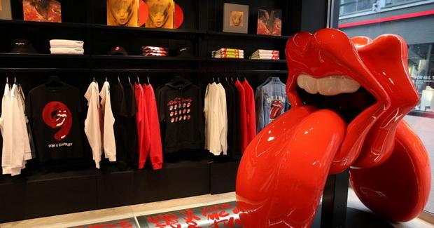 Денес во Лондон се отвара прва продавница на Rolling Stones во светот