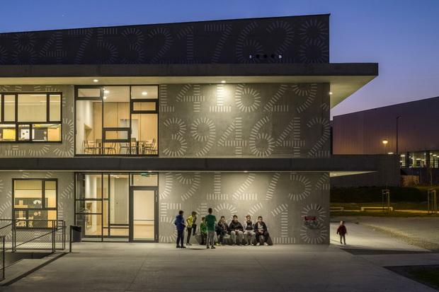 Училиште во Сплит кое му го враќа просторот на градот
