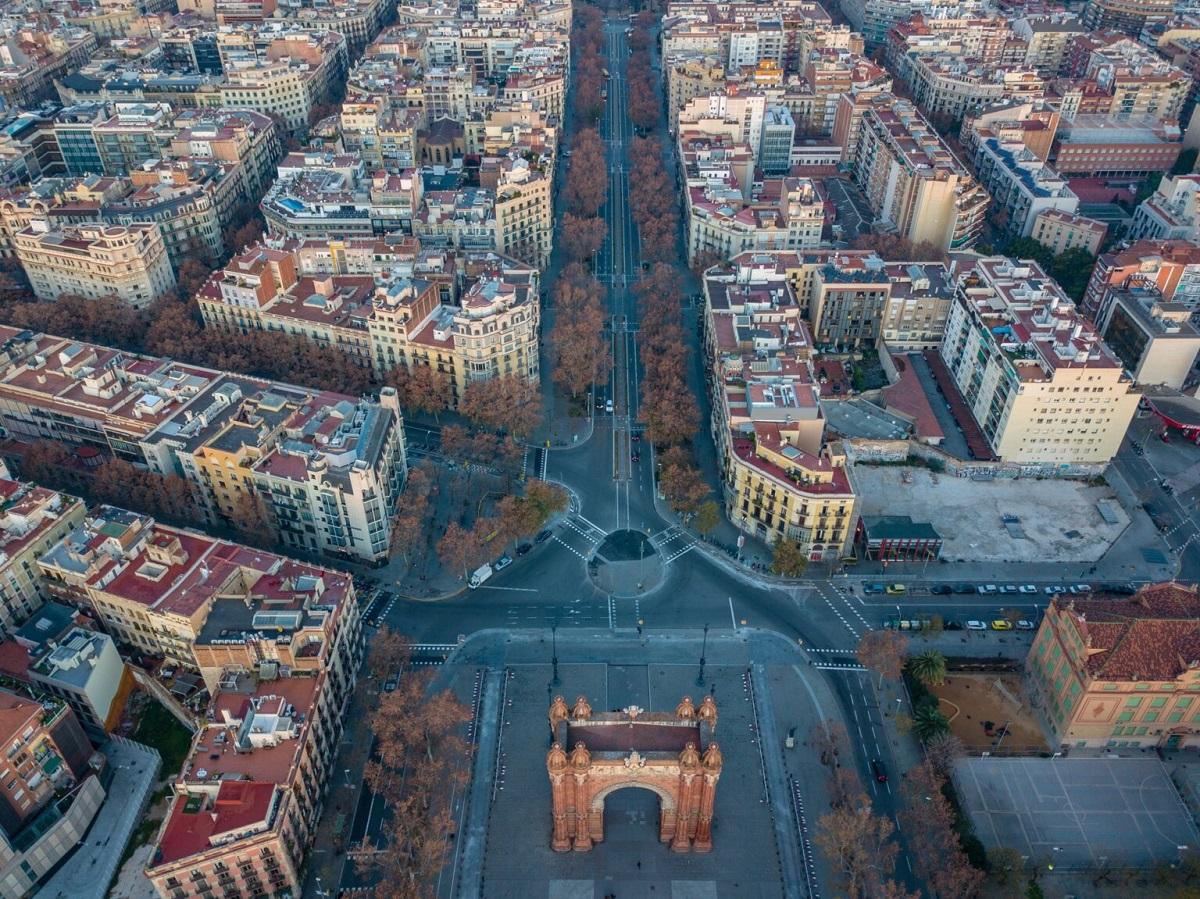 Во Барселона 21 раскрсница ќе се претвори во парк