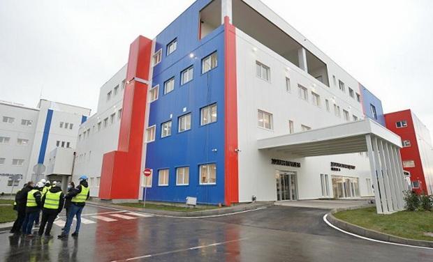 Во Србија за четири месеци изградена ковид болница со 1000 кревети