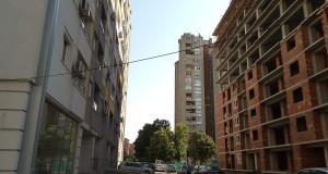 Зградите, плоштадите и булеварите го загреаја Скопје