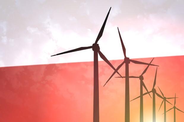 """Полска усвои """"историски"""" закон за ветерните електрани на вода"""
