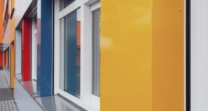 Предностите на лизгачките прозори за јавните згради