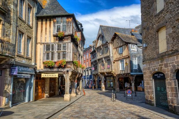 Замрзнати во времето: шест градови кои ја зачувале својата средновековна архитектура