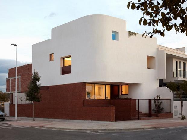 Тула, вегетација и облини – House AA во Шпанија