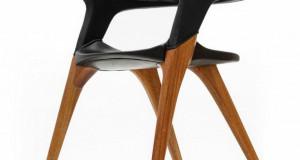 Doberman Chair инспирирана од истоимената раса на кучиња