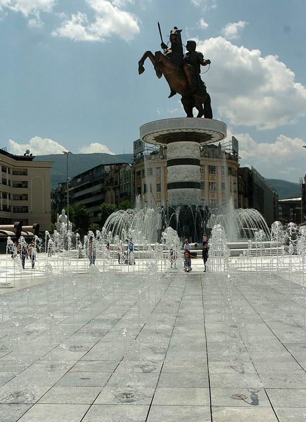 fontana na plostad makedonija (10)_resize