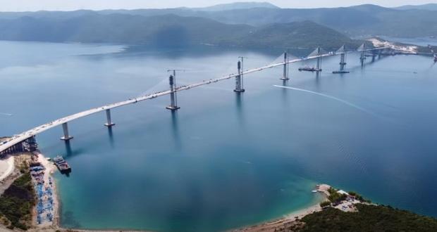 Мостот Пељешац ги поврза југот и северот на Хрватска (видео)