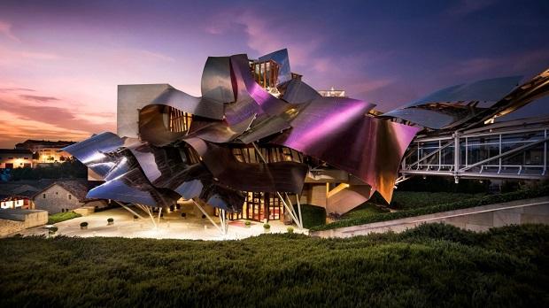 Архитектонски спектакл: 10 најдобро дизајнирани винарии во светот