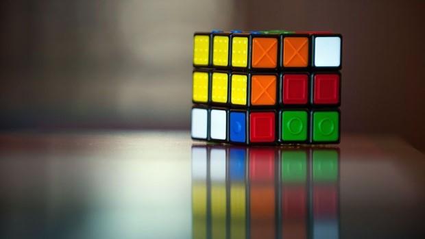 Рубикова коцка – играчка популарна со децении